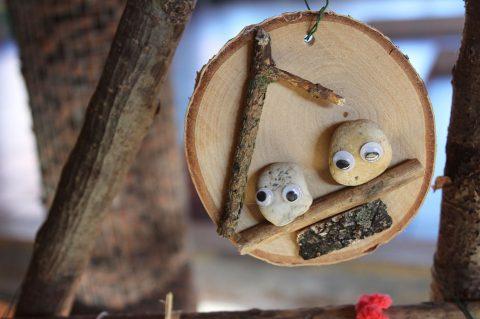 Baumschmuck aus Naturmaterialien